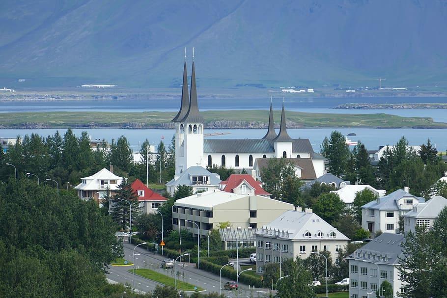 Reykjevik holds all the beauty of Iceland: